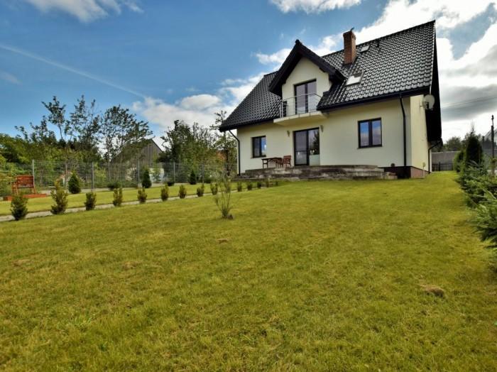 Ładny dom 140m2, działka ponad 4000m2,Mała Huta, 2 jeziora.