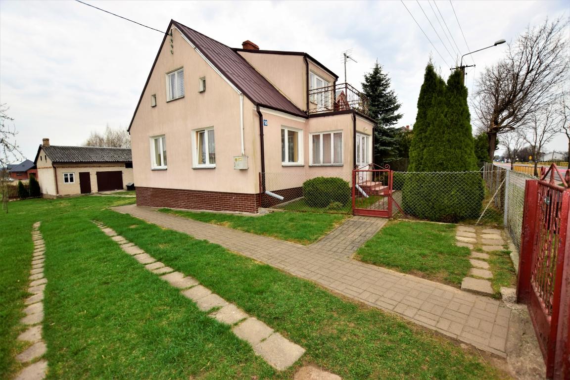Dom 80m2 użytkowych, Nowinka, dwie działki o łącznej powierzchni 2352m2.