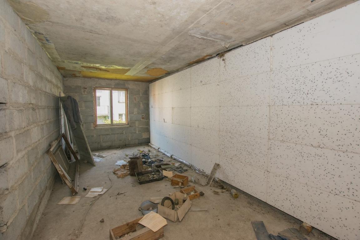 Dom 120m2 w zabudowie szeregowej, stan surowy.
