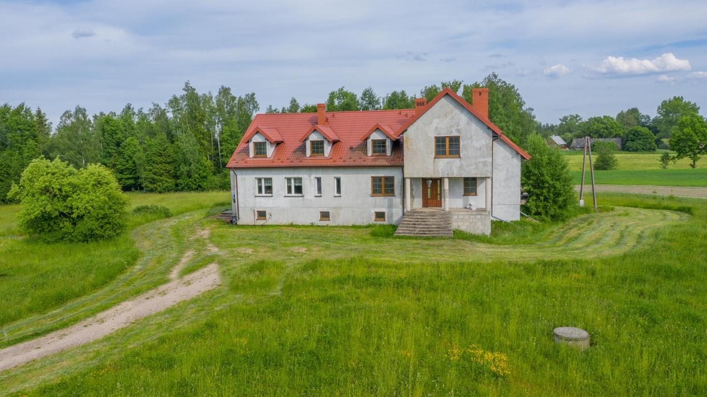 Duży dom 238m2 w spokojnej okolicy, 10km od Suwałk